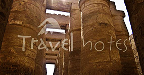 Egipt - Poze Egipt, Galerie Foto si Informatii templul Karnak si templul Luxor